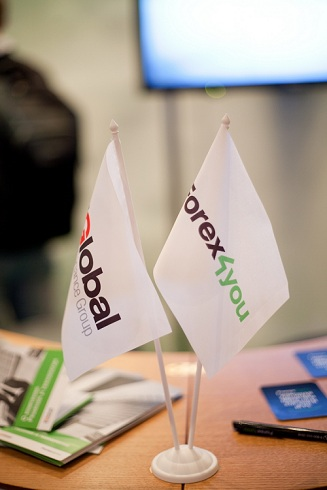 Forex4you at Ukraine Forex Expo 2011, November - picture 23 small